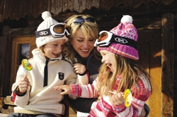 Familienreisen in den Schulferien - günstige Familien Skireisen über Ostern, Weihnachten und Silvester