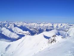Gruppenskireisen in den schweizer Alpen - günstige Angebote, Gruppenunterkünfte, Busreisen in die Schweiz