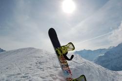 Snowboardreisen ins Stubaital - jetzt günstig Snowboardreisen mit Studenten Rabatt, Gruppenunterkünfte im Stubaital buchen