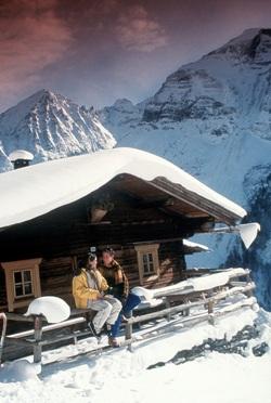 Studentenreisen - günstige Angebote für Studenten in Skihütten und Gruppenhäusern in den Alpen