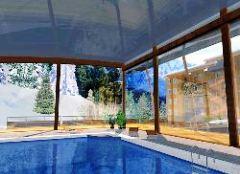 Ecrin Neiges Chamrousse Schwimmbecken