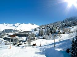 Winterurlaub im verschneiten Les Arcs in Frankreich