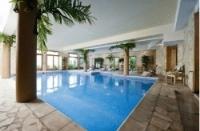 Schwimmbad im Appartementkomplex in Les Arcs -Wellness in Frankreich