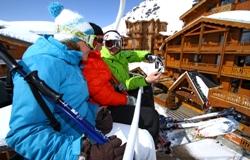 Schnelle Beförderung mit dem Skilift über Val Thorens