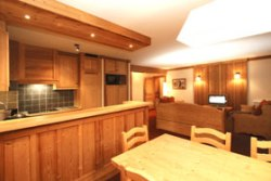 Küchenbeispiel in den Komfort Appartements in Les 2 Alpes