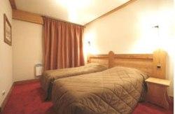 Doppelzimmer und Schlafzimmer in den Appartements-  Beispiel Komfort