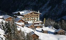 Alm-Clubdorf im Skigebiet von Sölden