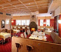 Restauraut im 4 Sterne Hotel in Sölden - Essen und Trinken mit Komfort