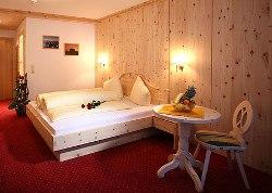 4 Sterne Hotelzimmer in Sölden an der Piste - Doppelzimmerbeispiel